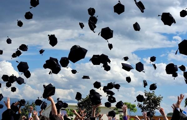 Graduates1 600x386 Temporary Graduate (485) Visa